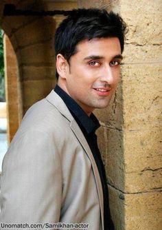 Decent Look http://www.unomatch.com/SamiKhan-Actor