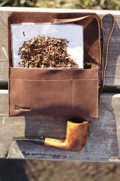 Elf Bread Old School Leather Tobacco/Pipe by ElfBreadOfficial Leather Tobacco Pouch, Handmade Leather Wallet, Leather Pouch, Wooden Smoking Pipes, Tobacco Pipe Smoking, Tobacco Pipes, Diy Leather Projects, Leather Craft, Dugout Pipe