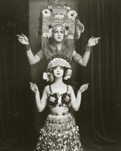 Танцевальный прорыв 20 века: Рут Сен-Дени (19 фото)