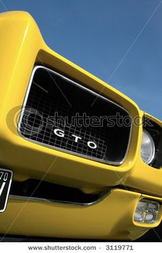 love me the GTO!..Re-pin brought to you by agents of #CarInsurance at #HouseofInsurance in Eugene97401 70s Muscle Cars, Car Hood Ornaments, Cool Old Cars, Pontiac Cars, Yellow Car, Old School Cars, Top Cars, Honda Logo, Car Insurance