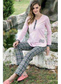 Yeni İnci BPJ 1342 Women s Pajamas Set will make you redefine comfort when  you wear this 69eadb2fe