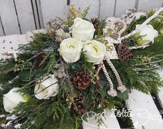 "Blog Kwiaciarni ""Pod Żółtą Różą"" » 2015 » Listopad Christmas Flowers, Fall Flowers, Dried Flowers, Christmas Wreaths, Christmas Decorations, Funeral Flower Arrangements, Funeral Flowers, Floral Arrangements, Grave Decorations"