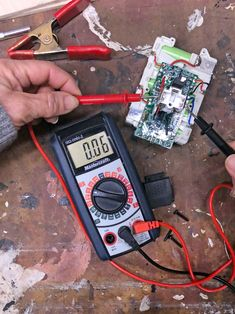 [BREAKING NEWS]=> This particular object for how to repair laptop battery not charging seems to be 100 % amazing, ought to remember this when I have a bit of cash saved up. Cordless Drill Batteries, Ryobi Battery, Cordless Tools, 18650 Battery, Power Tools For Sale, Home Electrical Wiring, Lumiere Led, Garage Tools, Lead Acid Battery