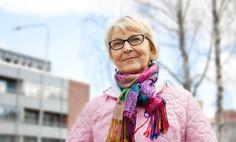 """Tekijöiden päivillä 2016 kirjailija Ritva-Elina Pylväs, Rovaniemi,  marraskuussa ilmestyvällä  romaanillaan """"Alisa, Väylän tytär."""