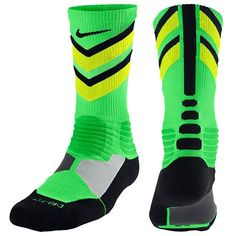 Nike Hyperelite Chase Crew Socks - Men's from Foot Locker. Saved to basketball🏀. Nike Elite Socks, Nike Socks, Sport Socks, Athletic Socks, Athletic Wear, Athletic Clothes, Chaussettes Nike Elite, Volleyball, Softball Gear