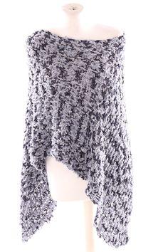 handmade knitting poncho merino Baumwolle handgestrickter Poncho Shawls, Scarves, Knitting, Lace, Handmade, Tops, Women, Fashion, Ponchos