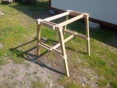 Portable sawhorse