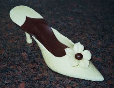 Mothers Day Chocolate Shoe by www.realcakecompany.com Mothers Day Chocolates, Mothers Day Desserts, Chocolate Heaven, Peep Toe, Sweets, Shoe, Album, Cakes, Explore
