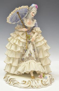 (lot of Italian Dresden lace style beauties: holding a parasol over her elaborately coiffed hair, ruffled dres. Dresden Porcelain, Fine Porcelain, Porcelain Ceramics, Porcelain Tiles, China Vase, China Plates, Dresden Dolls, Half Dolls, Porcelain Jewelry