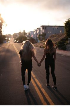 Sun, summer and friendship - Bff Pictures