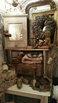 Bear antique display