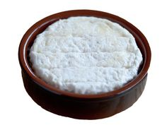 Saint Felicien - Cow Milk - Thermised Milk - Maturing is a least two weeks. The taste is creamy and soft and will delight amateurs of soft cow's cheeses. The rind, pâte and flavor of this little cheese are soft.