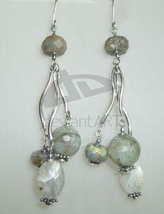 Curvy hanging wire earrings