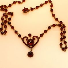 Vintage-Antique-Victorian-Czech-Bohemian-Garnet-Necklace-16-5-8-NR-Delicate