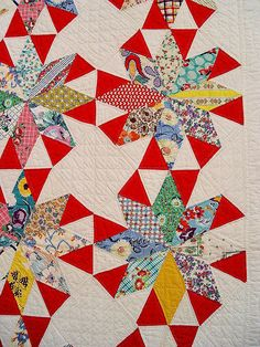 vintage quilt ~ love the pop of red!