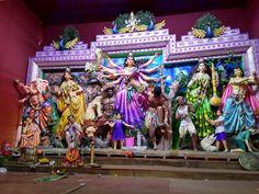 all this picture are capture by me, this was my trip to kolkatas increadable durga puja Durga Ji, Saraswati Goddess, Kali Goddess, Durga Puja Kolkata, Kali Puja, Durga Puja Essay, Durga Puja Image, Broken Screen Wallpaper, Bhagavata Purana