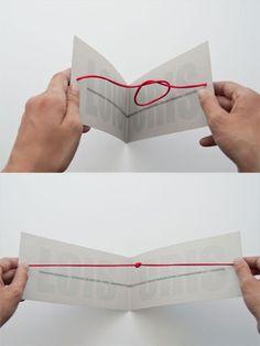 看了肯定想結婚的十款創意喜帖 WEDDING INVITES 4. Tight the knot 國外俚語 Tight the knot 就是訂婚的意思  藉由打開喜帖的動作  呈現紅線打結  高,  真高!