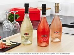 MARTINI® Royale Bianco, Royale Rosato et Bellini Vine Peach
