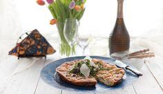 #frittata on ruokaisa uunimunakas #kananmuna #munakas #pääsiäinen Frittata, Baked Potato, Potatoes, Baking, Ethnic Recipes, Food, Patisserie, Potato, Bread