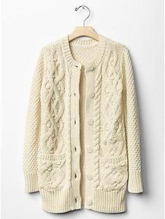 Cable knit sweater jacket from Gap Kids! What a great find in stores NOW! Pair with a plaid scarf and her favorite pair of boots for a fabulous look that will last the whole season!