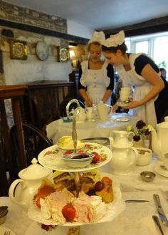 Double winner of the UK Tea Guild's 'Top Tea Place', The Bridge Tea Room is one of the UK's finest spots for Afternoon Tea. Afternoon Tea For Two, English Afternoon Tea, Tea Etiquette, Biscuits, Tea Art, Chocolate Coffee, High Tea, Yummy Cakes, Finger Foods