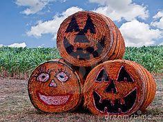 halloween-hay-bales-8291-6713928.jpg (400×300)