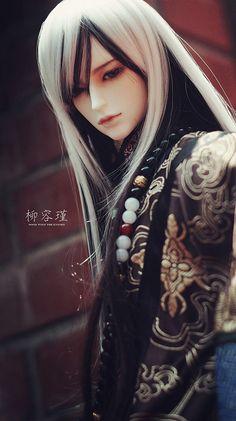 Soom Wolf The Knight | Flickr - Photo Sharing! Pretty Dolls, Beautiful Dolls, Ooak Dolls, Barbie Dolls, Chinese Dolls, Enchanted Doll, Realistic Dolls, Anime Dolls, Doll Repaint