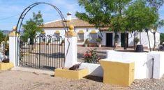 Finca Santa Isabel y Castellares - 1 Star #Villas - $131 - #Hotels #Spain #LoradelRío http://www.justigo.ca/hotels/spain/lora-del-rio/finca-santa-isabel_5692.html