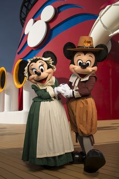 Mickey & Minnie celebrate Thanksgiving on Disney Cruise Line. Walt Disney, Mickey Mouse And Friends, Disney Mickey Mouse, Disney Parks, Disney Couples, Disney Travel, Disney Vacations, Disney Thanksgiving, Happy Thanksgiving