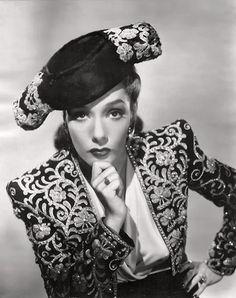 La actriz mexicana que triunfó en Hollywood y murió de la forma más absurda - Historia - culturacolectiva.com