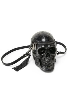 GRAVE DIGGER. Death becomes her.. - Luxe Molded PU.- Light-Weight Strap.- Tassel Detail.- Fully Lined.- Zip Closure.- 23cm x 20cm x 14cm - Strap 110cm. Obsessi