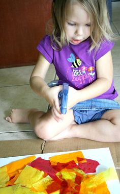 Bleeding Tissue Art Toddler Activity - spray with water bottle #crafts #kids