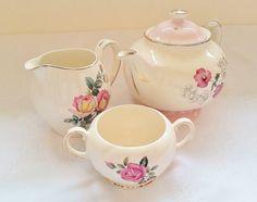 Vintage teapot Alfred Meakin china milk jug by darcyelizavintage