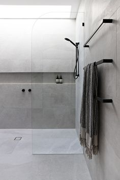 Amazing DIY Bathroom Ideas, Bathroom Decor, Bathroom Remodel and Bathroom Projects to assist inspire your master bathroom dreams and goals. Bathroom Layout, Modern Bathroom Design, Bathroom Interior Design, Minimal Bathroom, Tile Layout, Bathroom Designs, Shower Designs, Bath Design, Bathroom Cabinets