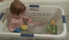 Pas bête cette idée de panier à linge dans la baignoire