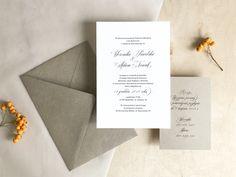 Bardzo proste, pozbawione zbędnych ozdobników zaproszenie ślubne z piękną kaligraficzną czcionką w roli głównej. Idealne dla osób ceniących nowoczesną, minimalistyczną elegancję.