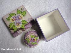 Sabonete e Caixa com Decoupage