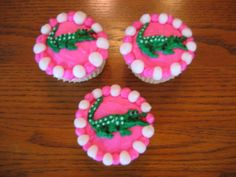 Lacoste Alligator Cupcakes  on Cake Central