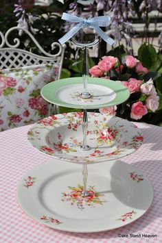 Cath Kidston Sprig and Blossom 3 Tier Cake Stand