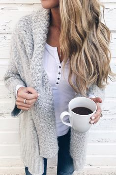 top outfits of 2017 - winter outfit of shawl collar cardigan layered over white henley