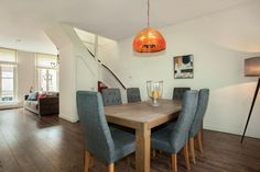 The cosy dining room of Stayci Royal Spacious Apartment in The Hague