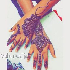 for my niece Done by jija design inspired by @abu_dhabi_henna_by_rabiya  #henna #hena #mehendi #mhendi #dubai #mydubai #dubai #artist #tattoo #patterns #flowers #girls #cute #wakeupandmakeup #vegas_nay #hudabeauty  #bride #bridal  #mua #nailpolish #creativity #حنا #حناء #نقوش #دبي #بنات #نقش #monakattan #laurag_143 #hennainspire