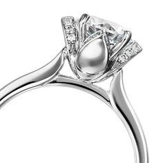 Petal pattern all over round diamonds, white gold Furrer Jacot