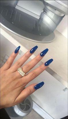 Couleurs de vernis à ongles tendance 2018 - Diy Nagellack, Nagellack Design, Nagellack Trends, Blue Coffin Nails, Dark Nails, Long Nails, White Nails, Short Nails, Best Acrylic Nails