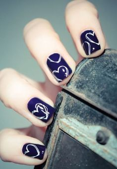 simple-and-sober-heart-shaped-nail-designs-2017