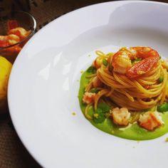 Spaghetti di farro, fave, gamberi e limone # di Valentina Laurelli #fuudly #ricette