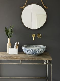 Beautiful bathroom basin - very simple but outstanding.