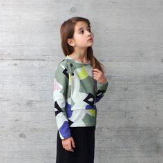 Where is Marlo Big Girls Long-Sleeve Tanaka Printed Knit Top Printemps Street Style, Spring Street Style, Spring Fashion, Rain Jacket, Windbreaker, Knitting, Blouse, Long Sleeve, Sleeves