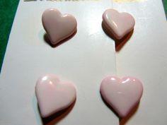 "4 - 11/16"" STREAMLINE HEART SHAPE PINK PLASTIC SHANK BUTTONS - CARD Lot#K471"
