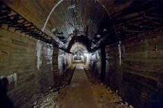 """Pod Wałbrzychem odkryto """"podziemne miasto"""" - Gazetawroclawska.pl Underground Bunker, World War I, Monuments, Abandoned, Polish, France, Urban, Explore, Projects"""